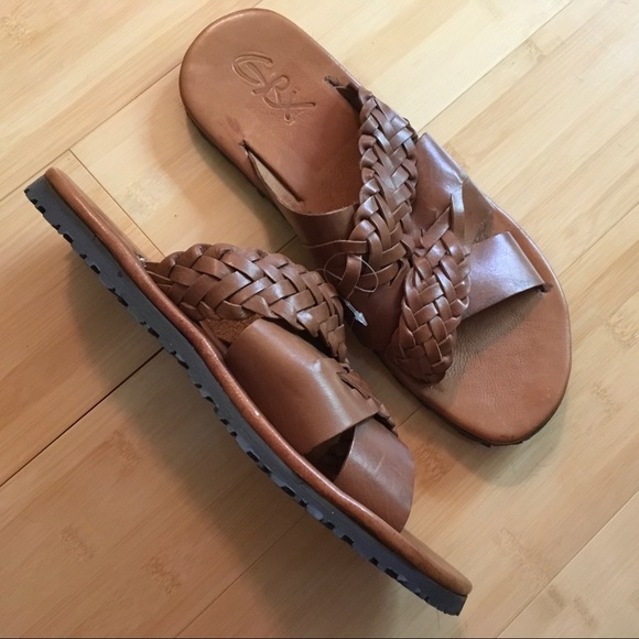 0af330267b99 MEN S GBX LEATHER SANDALS TAN COLOR NWT